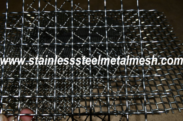 BWG18 (1.22mm Wire Dia.) Crimped Wire Mesh Aperture Size 10mm