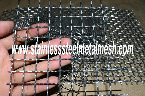 rectangular opening crimped mesh